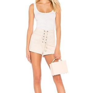 Cupcakes and Cashmere Esley Short in Soft Beige